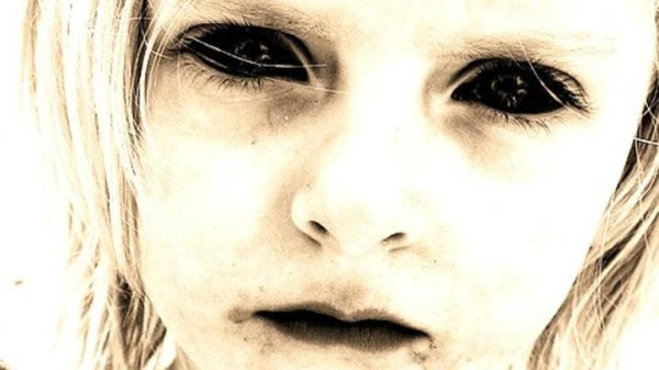Copii-cu-ochii-negri