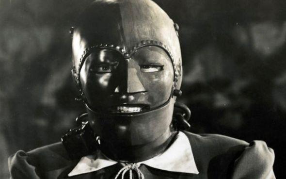 omul cu masca de fier