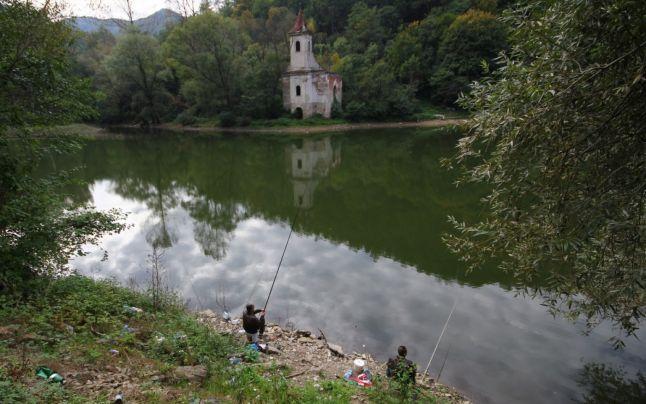 lacul-cinis