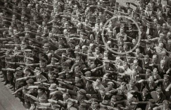 Omul care a refuzat să ofere salutul nazist, 1936